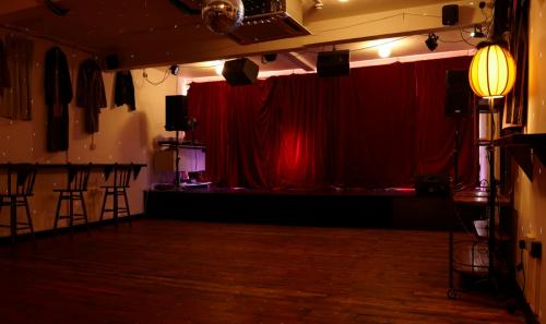 paper-dress venue panorama 002 33388661993 o